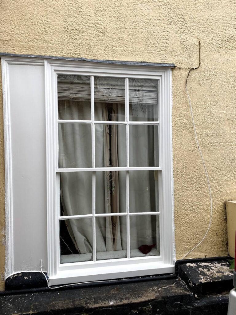 Sash windows repair in Kelvedon
